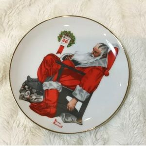 "Norman Rockwell ""The Day After Christmas"" Plate"